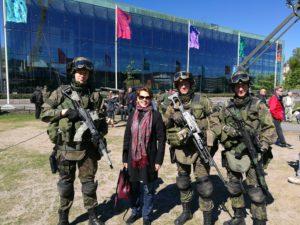 я попросила финских военных о фотографии